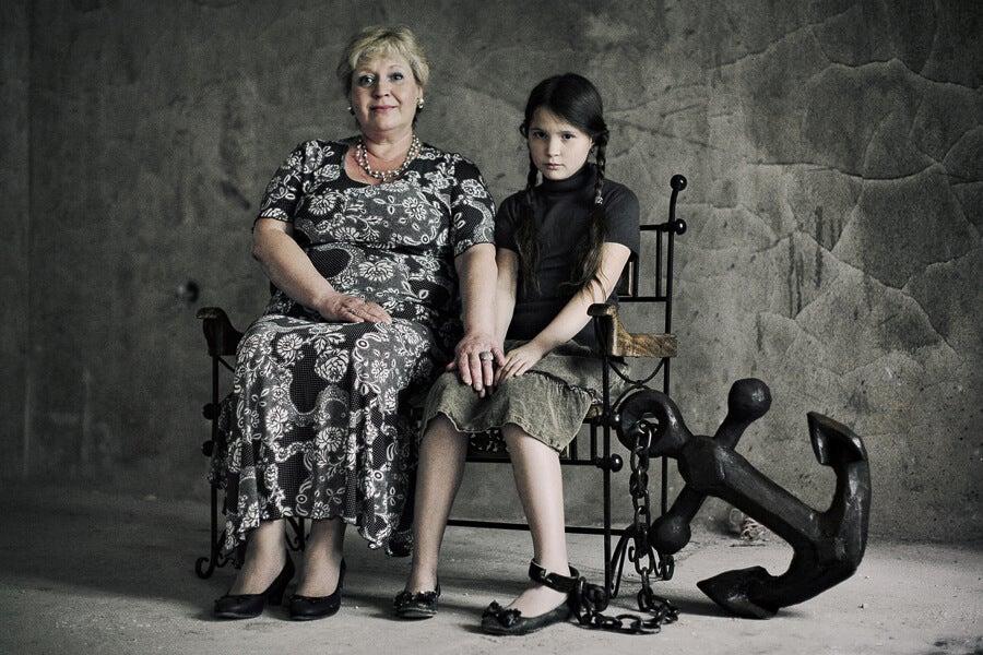 Familia «tóxica» y opresiva: cuando el enemigo está dentro de las paredes de la casa. Carlos Casaleiz Psicólogo Málaga